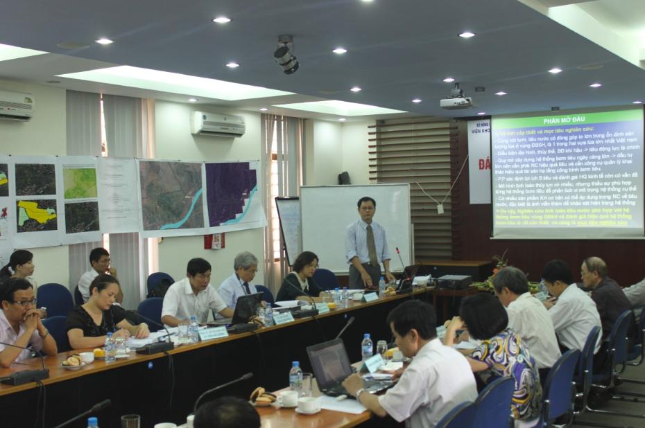 Lễ bảo vệ luận án tiến sỹ cấp Viện của NCS Đặng Ngọc Hạnh tại Viện KHTL Việt Nam