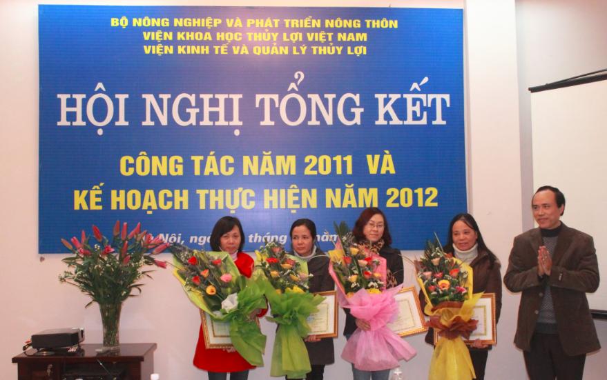 Hội nghị tổng kết Viện Kinh tế và Quản lý Thủy lợi năm 2011